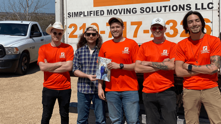 Image of Simplified Moving Solutions team